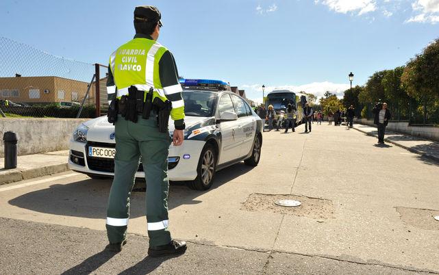 Resultado de imagen de La Guardia Civil a sur de Tenerife