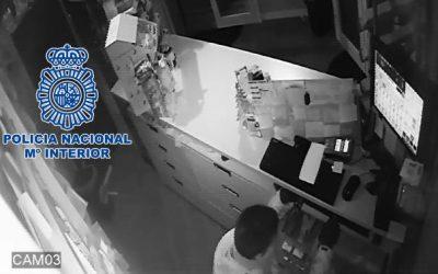 Detenido en Santa Cruz por tres robos en locales con una pata de cabra