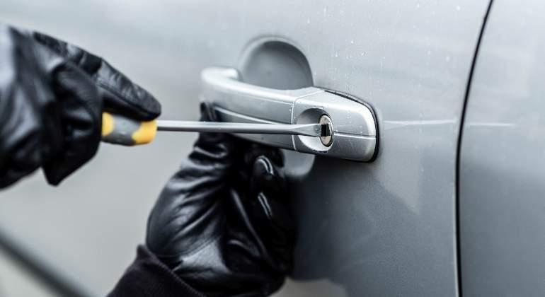 Apresado por robar en vehículos en un mirador
