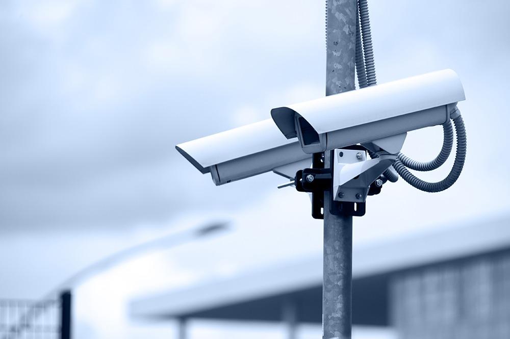 Sentenciado por robar una cámara de seguridad de un centro comercial