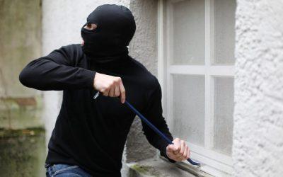 Cómo actuar si un ladrón se mete a tu casa.