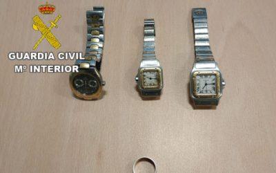 Roba joyas y relojes valorados en 25.000 euros en una casa de Fuerteventura.