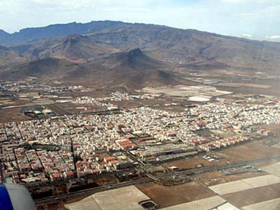 Detenido un hombre por al menos 20 robos en trasteros y garajes de Vecindario (Gran Canaria) .