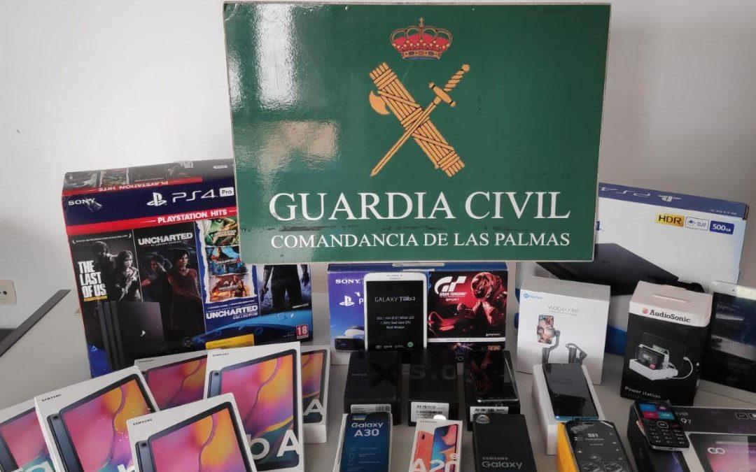 La Guardia Civil evita el robo en una ferretería de Tías